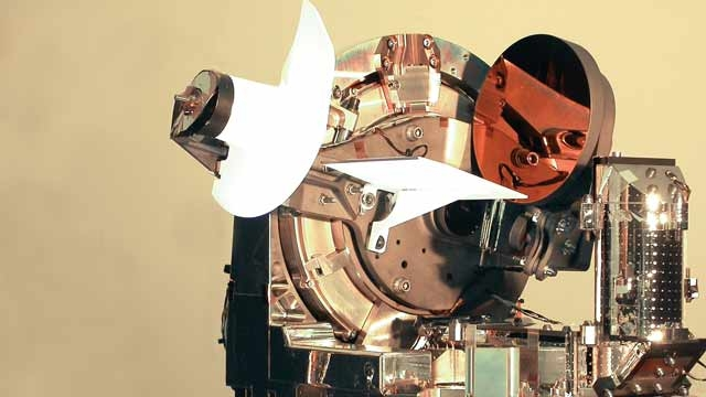Astrium crea il primo collegamento ottico laser bidirezionale al mondo.