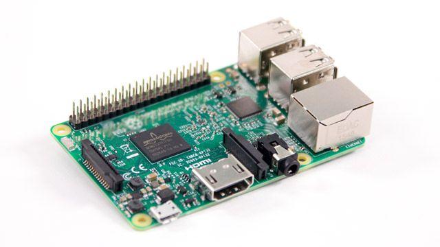 Foto di una scheda Raspberry Pi.
