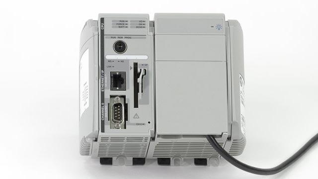 Simulink PLC Coder supporta molti IDE di terzi, tra cui Siemens STEP 7/TIA Portal, Rockwell Automation Studio 5000, 3S CODESYS e PLCopen XML