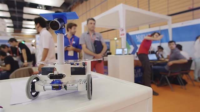 Watch the finals highlights of the Mission on Mars Robot Challenge 2015, which took place during the Innorobo robotics event in Lyon, France.